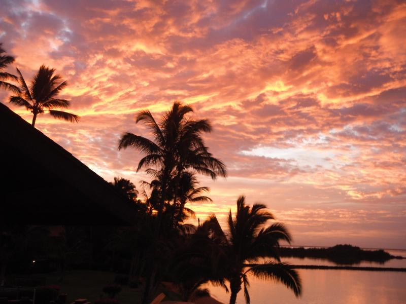 Sunrise at Molokai Shores - MOLOKAI SHORES OCEANFRONT, with EXTRAS - Kaunakakai - rentals