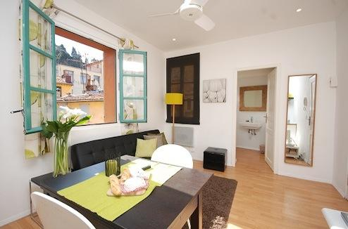 Lily- Cozy 1 Bedroom Apartment in Vieux Nice - Image 1 - Nice - rentals