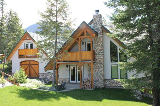 FM4955 - Private Home 5 bedrooms - Image 1 - Fairmont Hot Springs - rentals