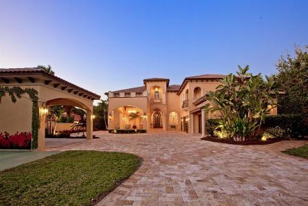 Front Exterior - (RB01) Majestic Custom Home with Panoramic Views of the Manatee River - Bradenton - rentals