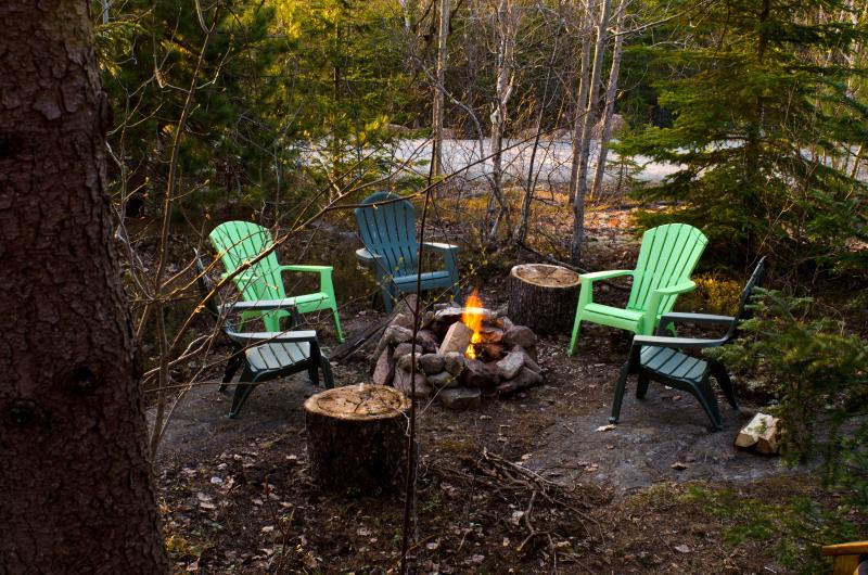Time to toast marshmallows and get cozy! - Cute and Cozy Cabin Next to Acadia National Park! - Bar Harbor - rentals