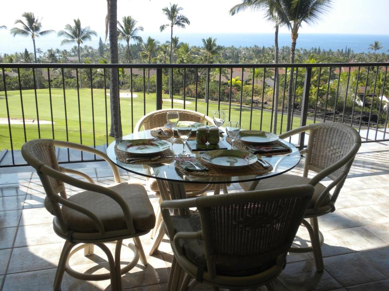 Lanai dining - Kailua-Kona HI 2bdr 2ba ocean view on golf course - Kailua-Kona - rentals
