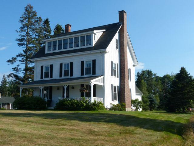 View from the road - Family Friendly Farmhouse with fantastic views - Southwest Harbor - rentals