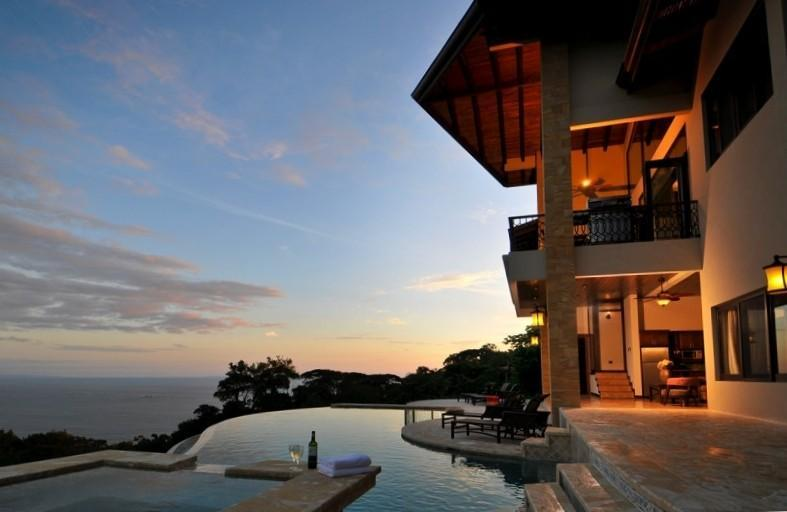 Panoramic views over the infinity pool - Your Own Private Resort in Paradise! - Dominical - rentals
