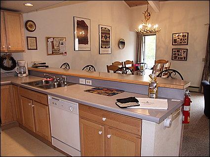 Kitchen/Dining Room - Snowmass Mountain Condominium - On Free Shuttle Route (3101) - Snowmass Village - rentals