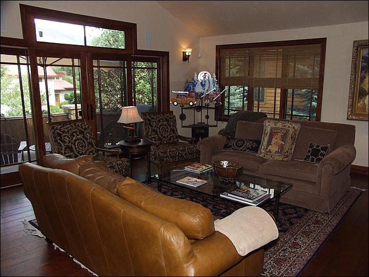 Living Room - Beautiful New Custom Home - Deck with Views (9451) - Aspen - rentals