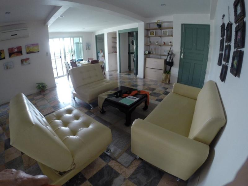 Living/Dining Area - Luxurious Condo in Safe area of Bangkok. - Bangkok - rentals