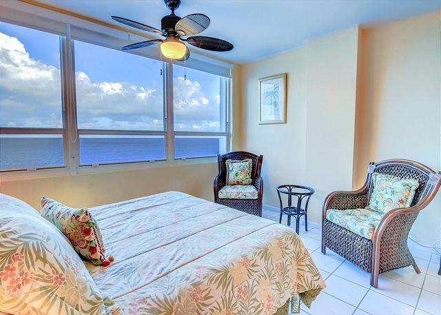 Large Studio Amazing OCEAN VIEW - Image 1 - Miami Beach - rentals