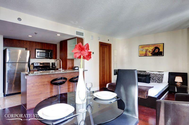 Cosmopolitan Suite | Short Term Rental | Montreal - Image 1 - Montreal - rentals