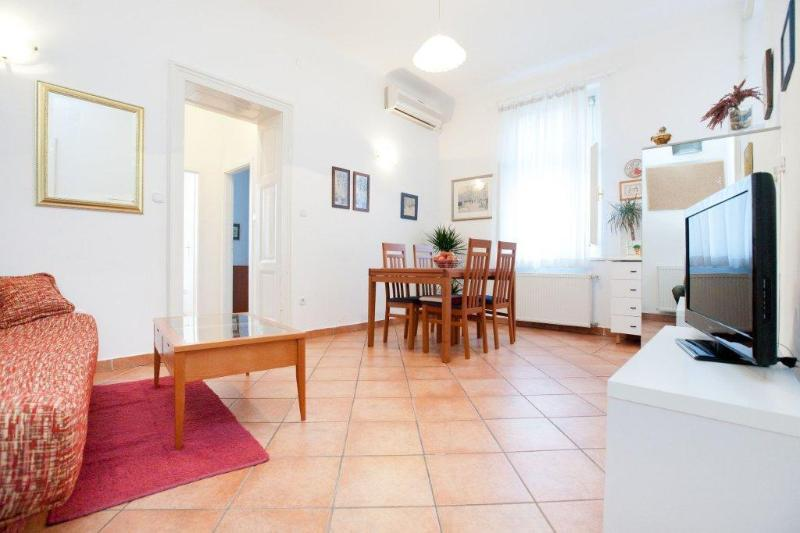 Dining - Modern, spacy, clean and central! - Zagreb - rentals