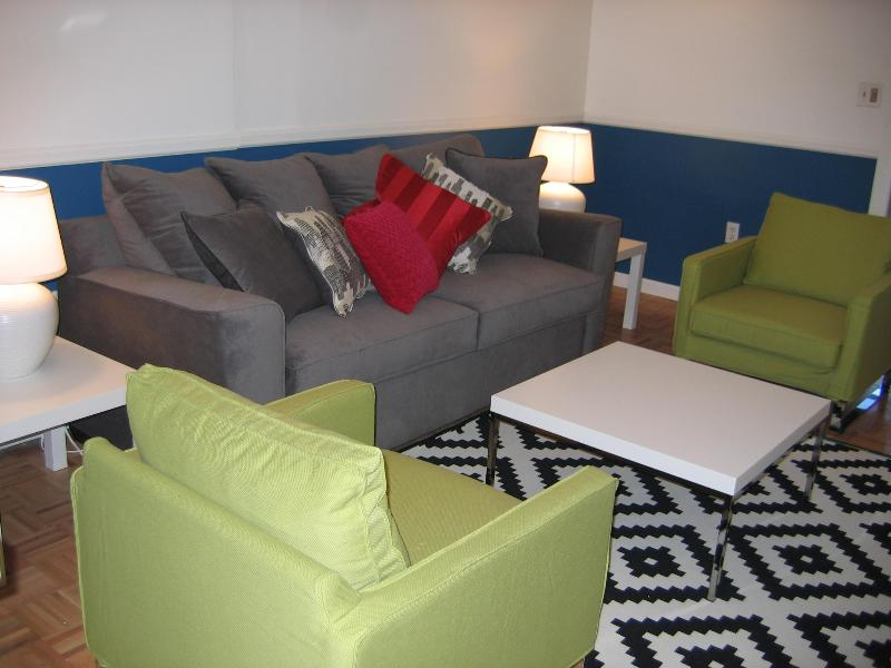 with couch that opens up to a queen sized bed - NYC from the Locals' Perspective - Union City - rentals