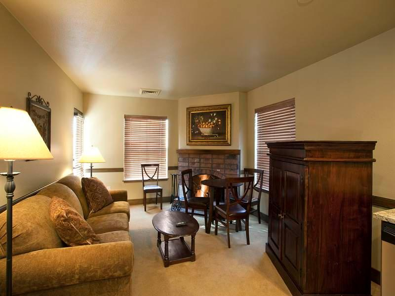 Copperbottom Inn #104 - Image 1 - Park City - rentals