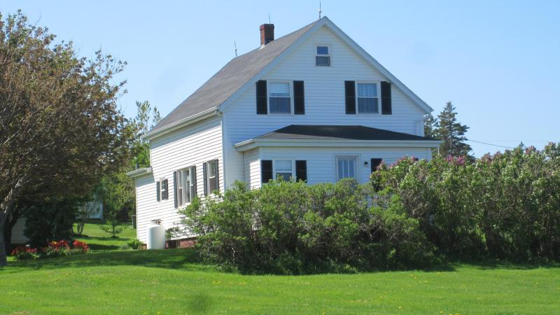 Perfect Sea View in the centre of Anne's Land  PEI - Image 1 - Sea View - rentals