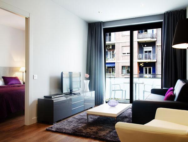 1 bedroom apartment near Sagrada Familia - Image 1 - Barcelona - rentals