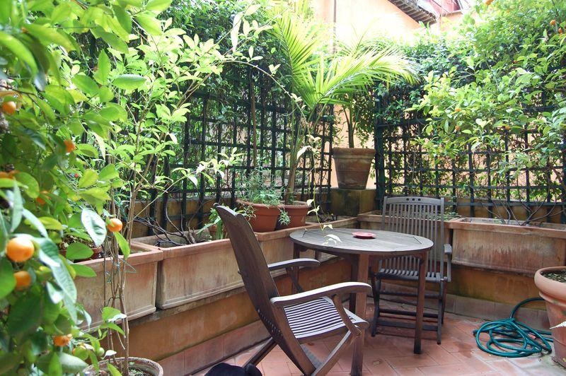 Luxury  Large Trilussa Apartment - Image 1 - Rome - rentals