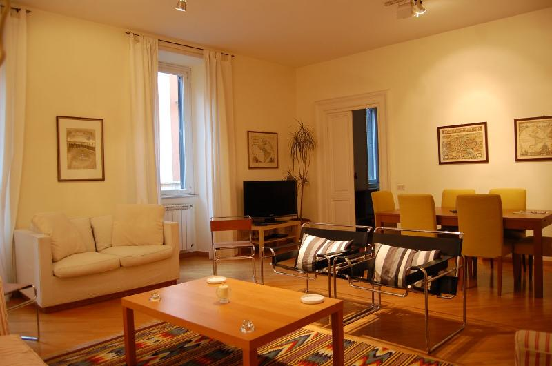 Apartment Luxury Spanish Steps - Image 1 - Rome - rentals