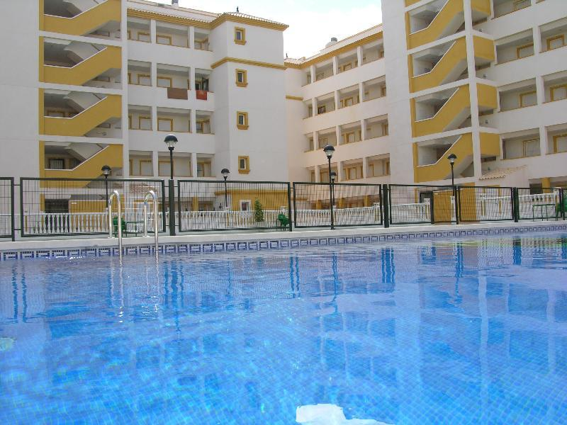 South Facing 3 Bedroom Apartment - Communal Pool - Balcony - 3107 - Image 1 - Mar de Cristal - rentals