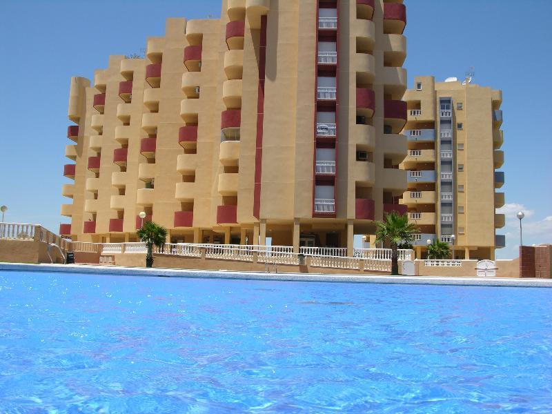 Sea View Penthouse Apartment - Private Roof Terrace - Communal Pool - Padel Court - Image 1 - La Manga del Mar Menor - rentals
