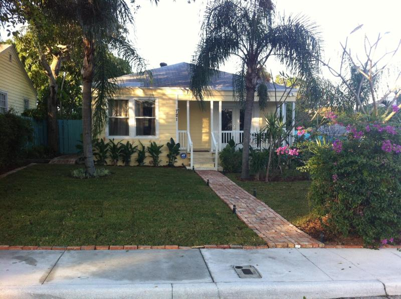 "Spectacular Cottage ""Key West"" - Image 1 - West Palm Beach - rentals"