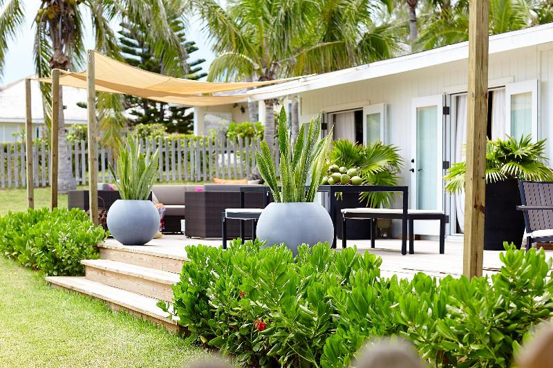 CharaOceana - Image 1 - Harbour Island - rentals