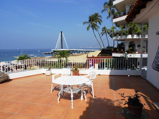 Out door terrace - Condo Barbaritta on Muertos Beach - Puerto Vallarta - rentals