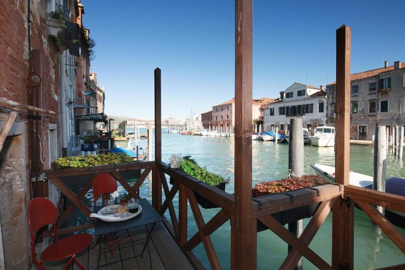 The Terrace - Charming Venice Three Bedroom with private terrace - Venice - rentals