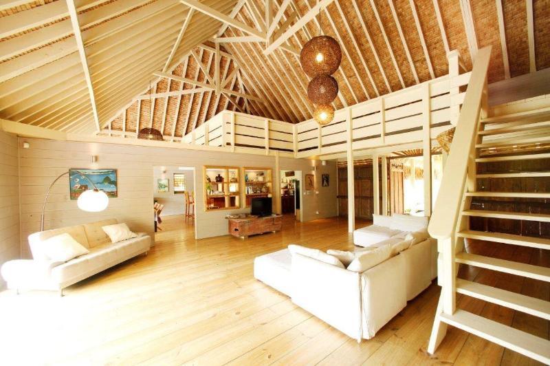Villa Miki Miki - MOOREA -awesome beachfront villa - Image 1 - Temae - rentals