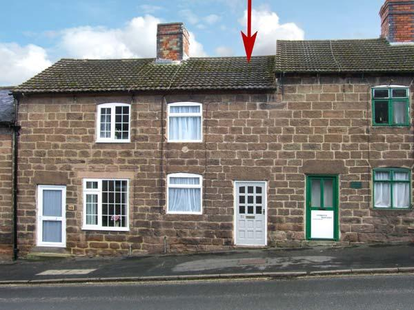 COSY NOOK, romantic retreat, off road parking, courtyard, in Cromford, Ref 20058 - Image 1 - Cromford - rentals