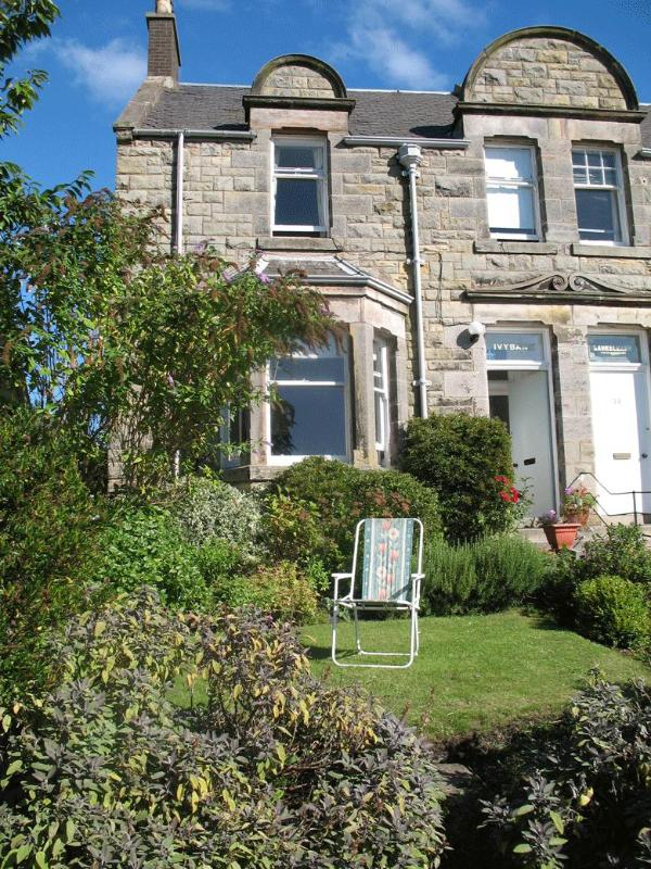 Ivybank Front - Self Catering House| Central St.Andrews | Sleeps 5 - Saint Andrews - rentals