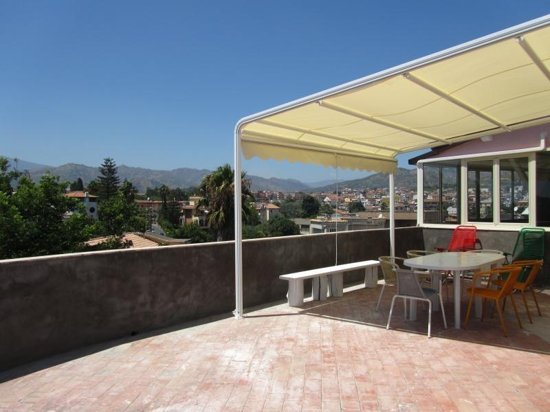 Terrace overlooking the sea and Etna - Beachfront 2-bedrooms apartment Best Etna&Sea view - Giardini Naxos - rentals