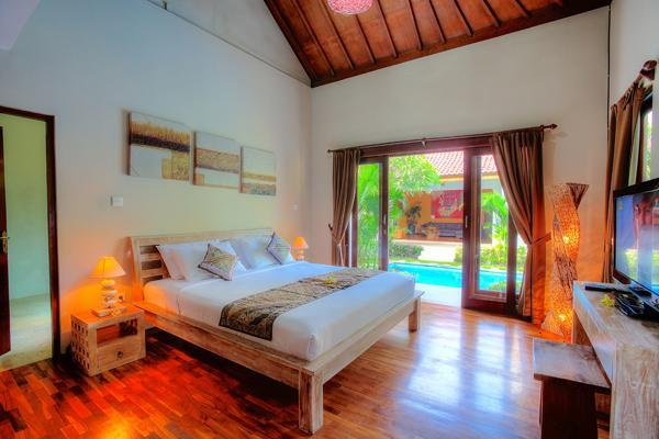 2nd air conditioned bedroom overlooks the pool - 3 Bedroom Villa Close to the Beach - Legian - rentals
