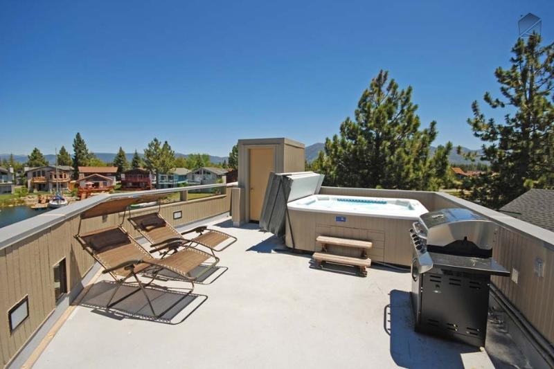 Soak in the natural beauty surrounding you while relaxing in the hot tub and grilling up some steaks. - Waterfront home with private boat dock, hot tub and pool table - Lido Keys Home - South Lake Tahoe - rentals