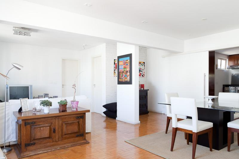 Comfortable 2 Bedroom Apartment in Jardins - Image 1 - Sao Paulo - rentals