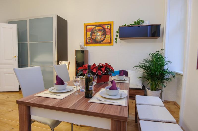 **AUGARTEN CityAp. Cosy 60sqm(!) ** - Image 1 - Vienna - rentals