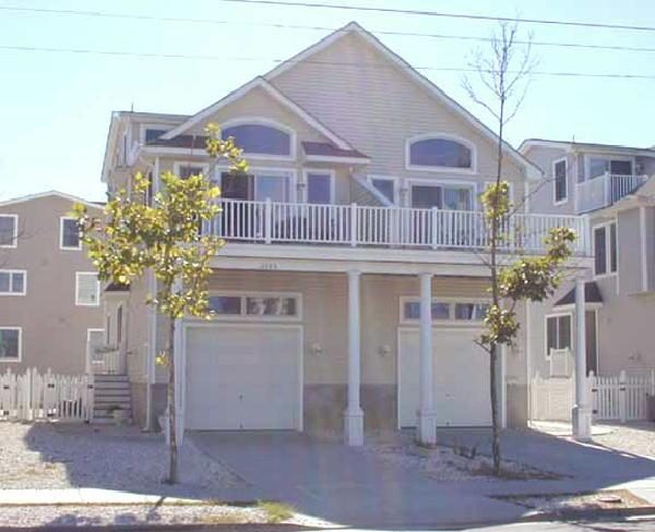 2605 Ocean Drive - Image 1 - Avalon - rentals
