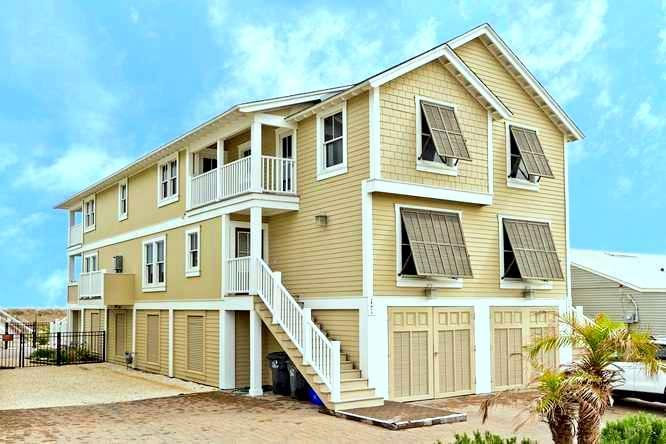Oceanfront Beauty - One Of The Only Oceanfront Luxury 6 Brs On Amelia - Fernandina Beach - rentals