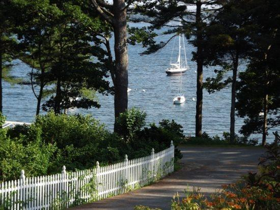 Late spring view of the water  - DREAMS COME TRU | EAST BOOTHBAY MAINE | FAMILY VACATION | KAYAKING | - Boothbay - rentals