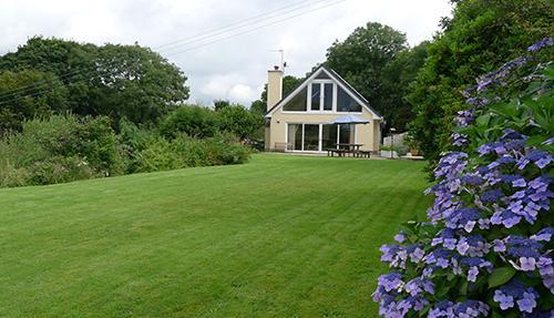 Pet Friendly Holiday Cottage - Pearl Rock, Wisemans Bridge - Image 1 - Pembrokeshire - rentals