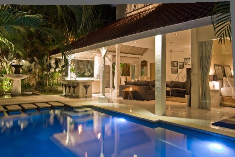 Living area pool view at night - Esha Villa - Drupadi I - Seminyak - rentals