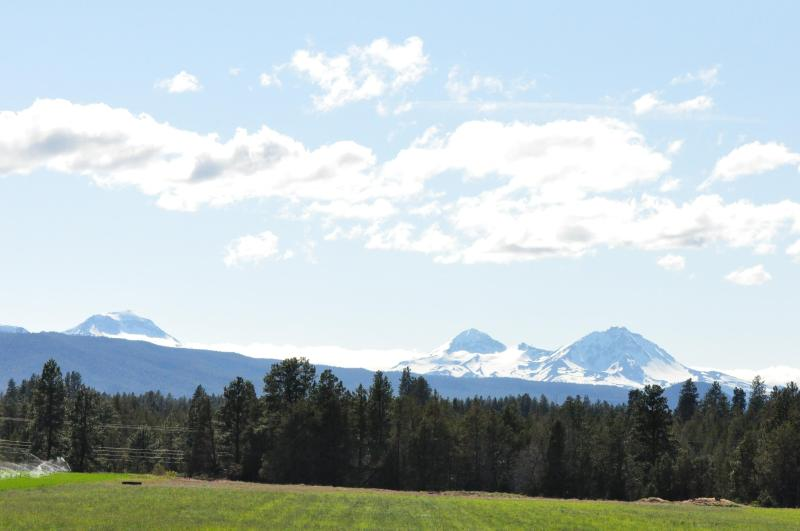 Three Sisters from Front porch - Hired Hands House, large ranch, sleeps 8 - Bend - rentals