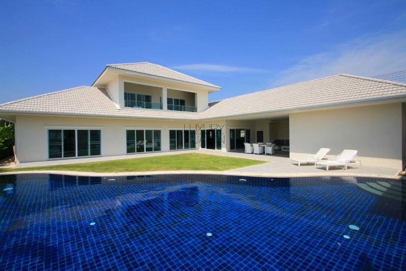 Elegant Pool Villa - Image 1 - Hua Hin - rentals
