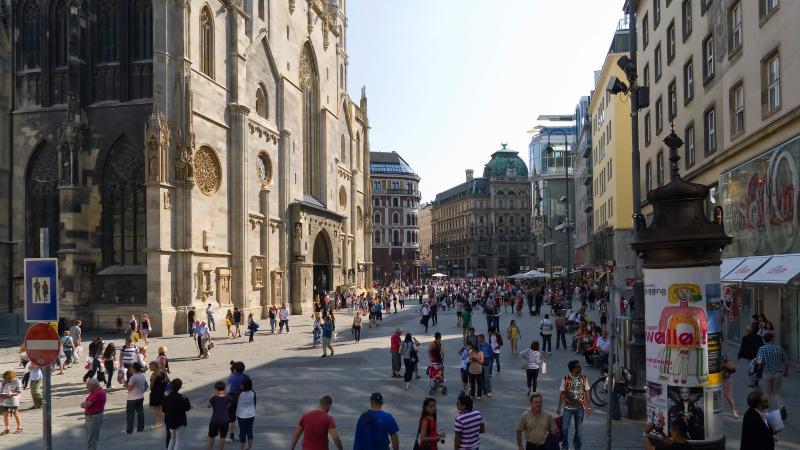 """""""St.Stephen"""" 1 min walk to St.Stephen Cathedral - Image 1 - Vienna - rentals"""