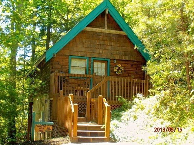 A Smoky Mountain Dream - Across from Resort Pool-Luxury Cabin $99.00/Night - Gatlinburg - rentals