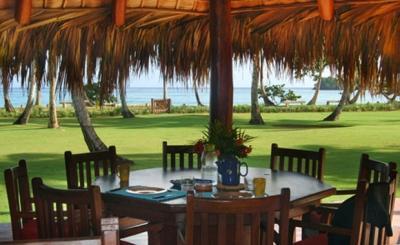 Breakfast/Diner Table - Beautiful Villa Front Row Beachline Playa Bonita - Las Terrenas - rentals