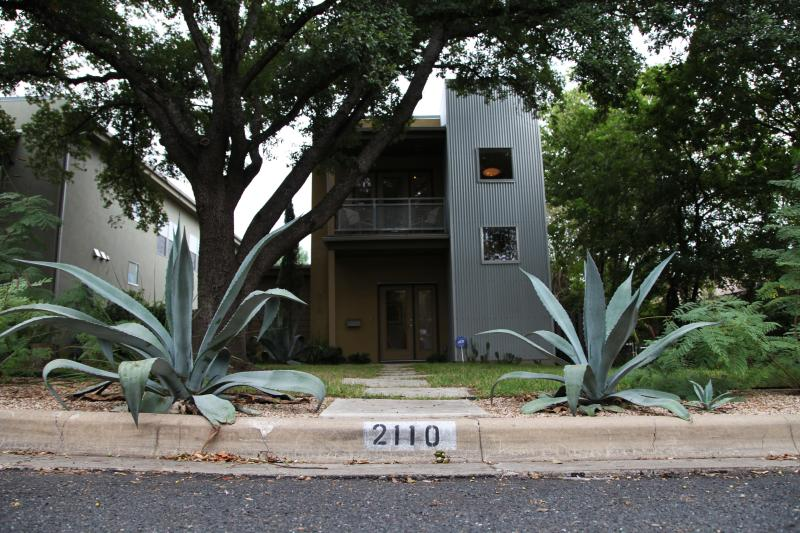 Amazing Modern Home available:  ACL, SXSW, F1 - Image 1 - Austin - rentals