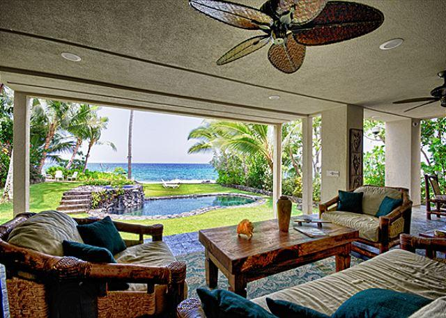 Deluxe Oceanfront 5 bedroom Estate with Pool & Spa, Paradise! - Image 1 - Kailua-Kona - rentals