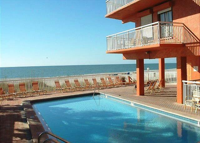 Chateaux Condominium 309 - Image 1 - Indian Shores - rentals