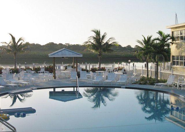 Barefoot Beach Resort Condominium 217E - Image 1 - Indian Shores - rentals