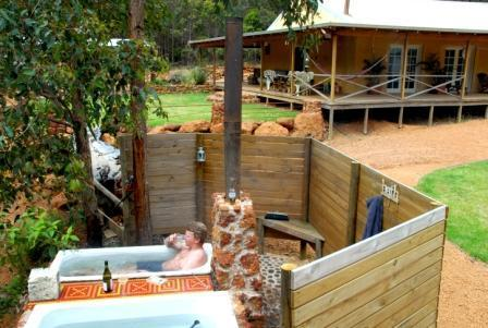 Outdoor Hot baths - NannupBushRetreat,soothing nature,all the comforts - Nannup - rentals