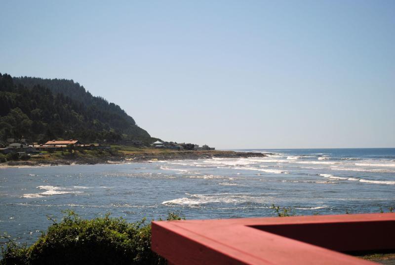 View From 7th Heaven in the Heart of Yachats! - Ocean Front in the Heart of Yachats! - Yachats - rentals